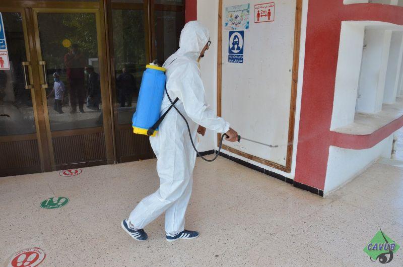 حملة تعقيم بالتعاون مع المنظمة الوطنية للطلبة الأحرار و بلدية باتنة و المؤسسة العمومية للنظافة CLEAN-BAT