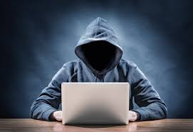 يوم إعلامي حول الجريمة الإلكترونية بمناسبة اليوم الوطني للصحافة