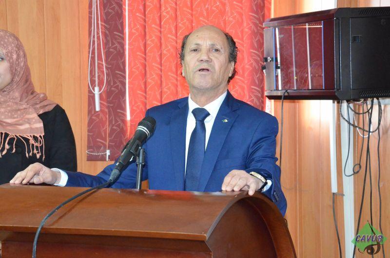الملتقى الدولي بكلية الأدب حول المعرفة و الخطاب في تاريخ الثقافة الجزائرية